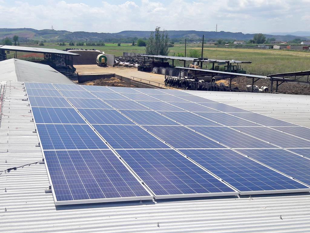granja-saez-instalacion-fotovoltaica-mch-servicios