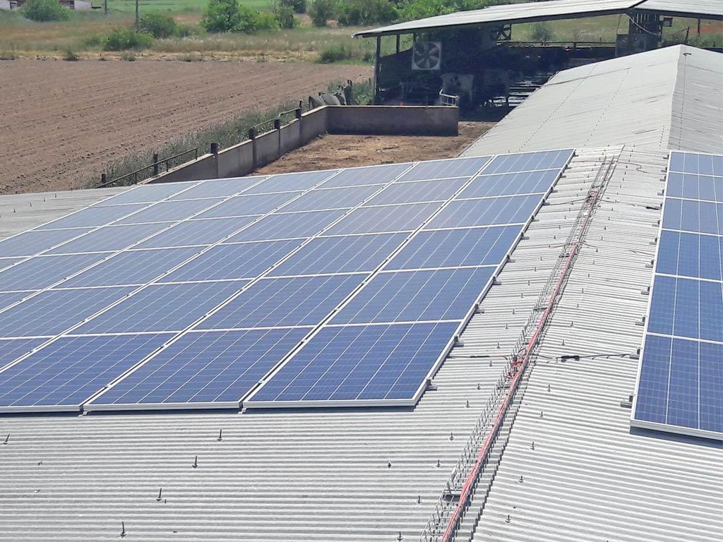 granja-saez-instalacion2-fotovoltaica-mch-servicios