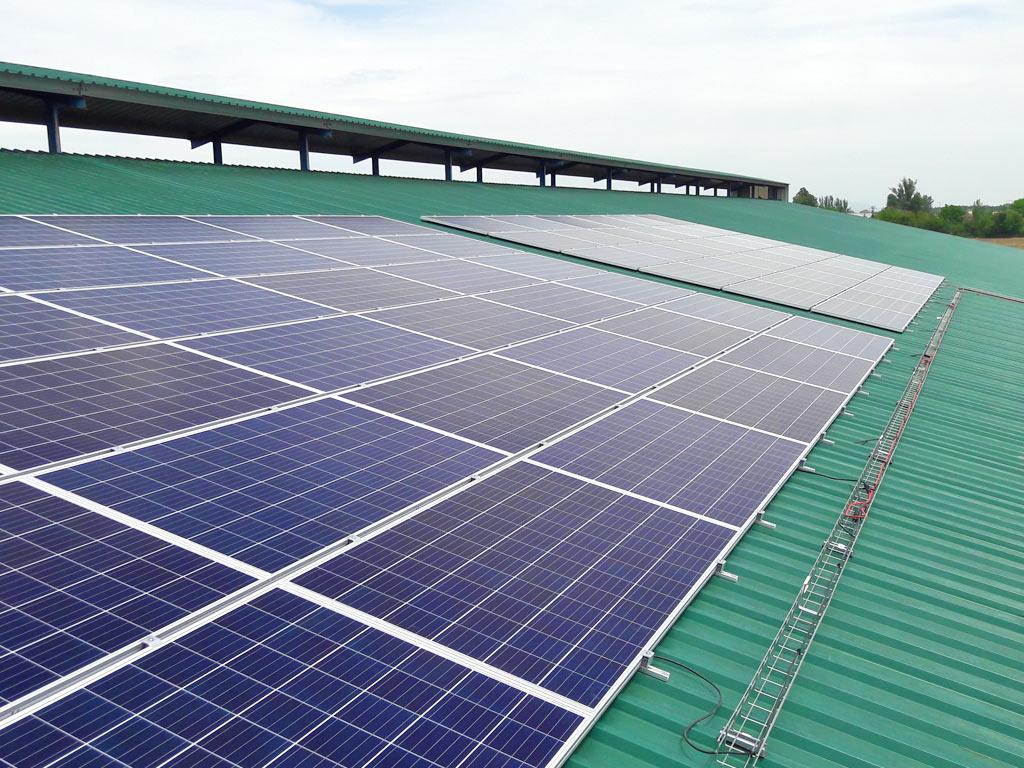 hnos-castro-instalacion4-fotovoltaica-mch-servicios