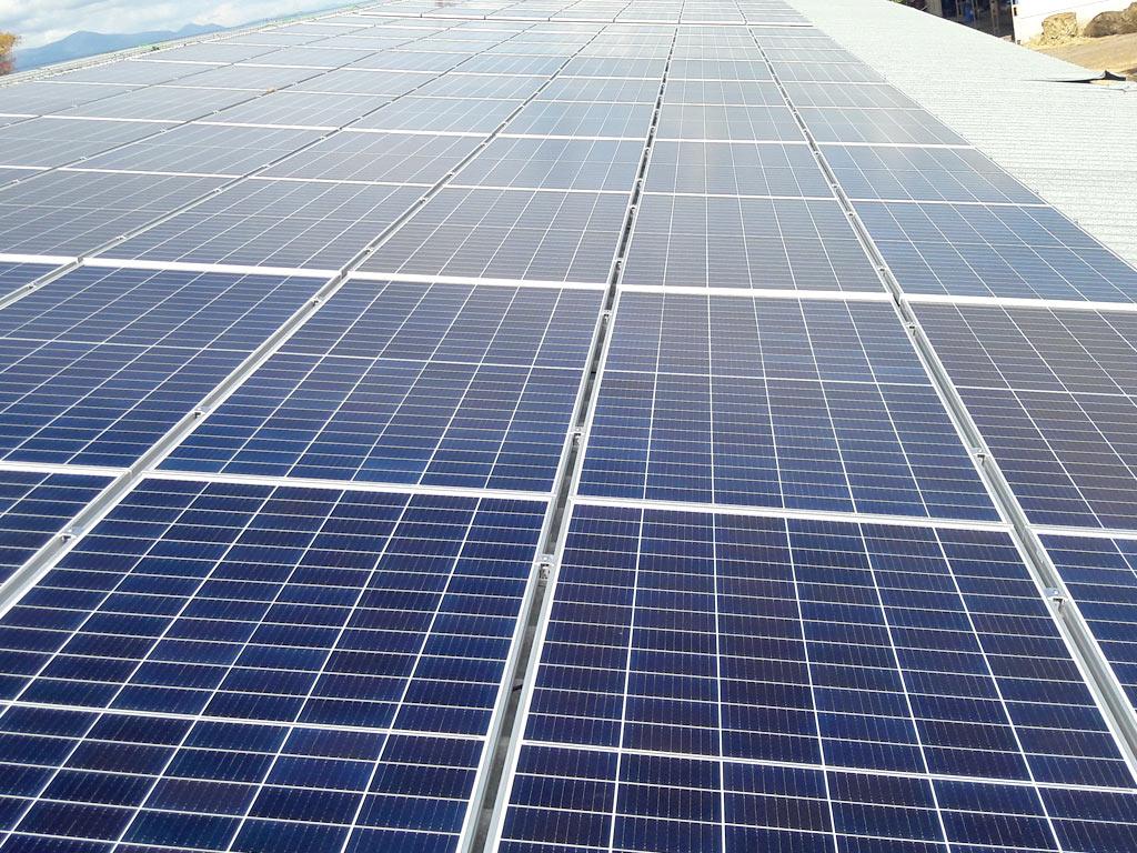 loyco-agropecuaria-instalacion5-fotovoltaica-mch-servicios