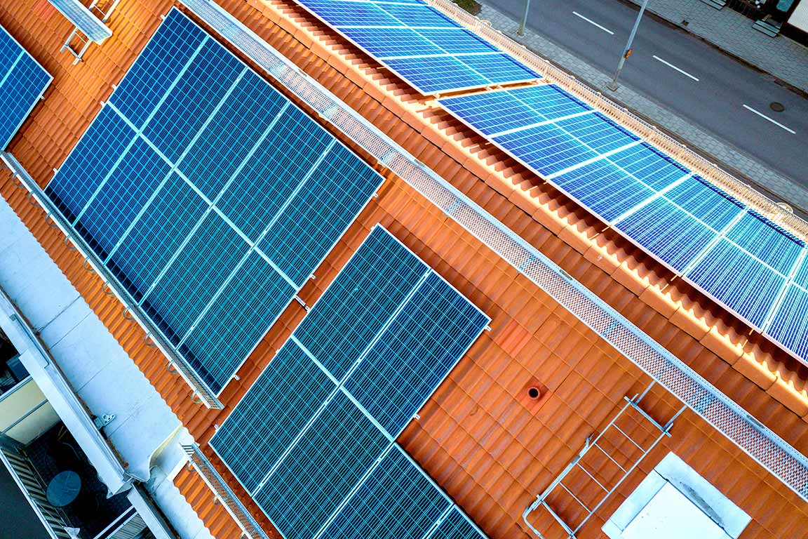 instalar-placas-solares-en-vivienda-mch-servicios